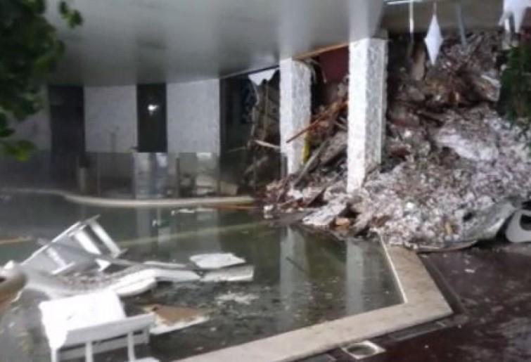 Hotel Rigopiano piscina