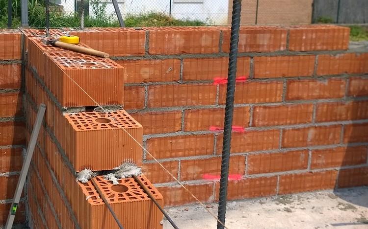 Impiego della muratura armata in zona sismica for Case di tronchi economici da costruire
