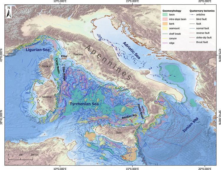 Technical note | EMODnet collation of geological events, a few examples from Italian seas